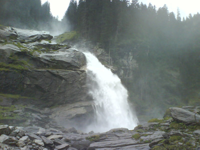 Cascada en el Tirol